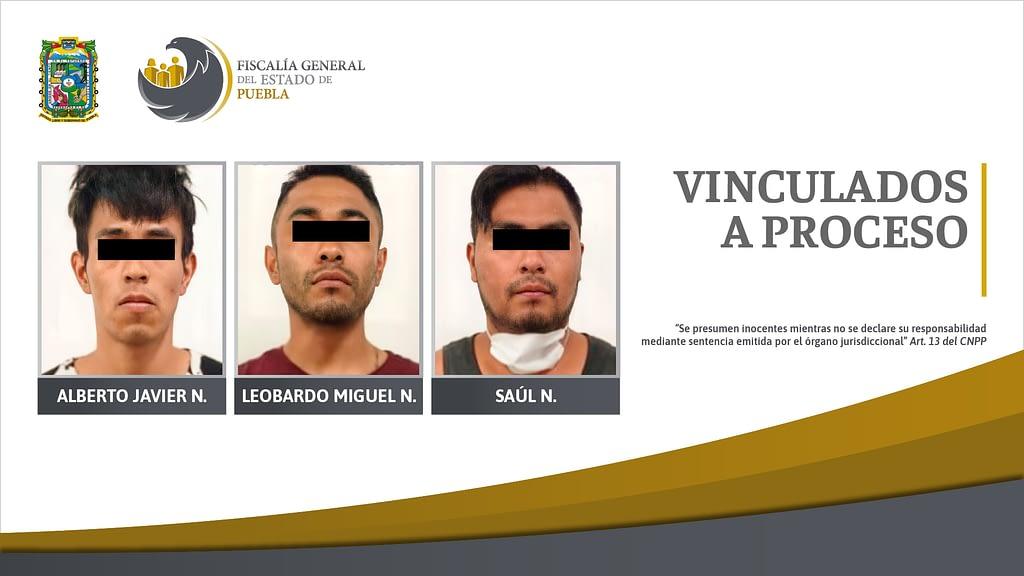 En prisión preventiva presuntos responsables de robo a gasolinera