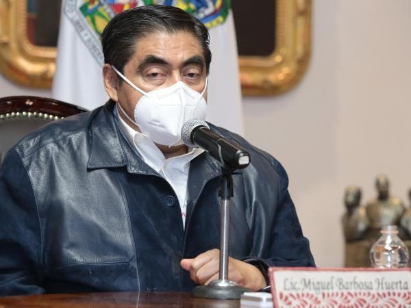 Llama Barbosa Huerta a no lucrar con el COVID-19